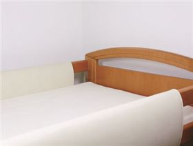 Hospital bed rail cover